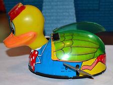 VINTAGE TIN TOY WIND UP DUCK, BLOW MOLD HEAD, PLASTIC WINGS, WORKS GREAT, JAPAN