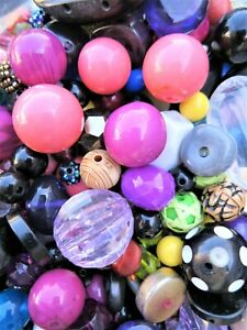 1kg PLASTIC BEADS SELECTION CRAFTS JEWELLERY MAKING MULTI-COLOUR RAINBOW