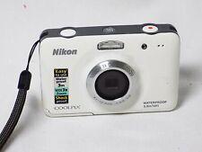 Nikon Coolpix S30 Digital 10:1 MP Waterproof 3.mm 10ft WHITE Case 3X Zoom