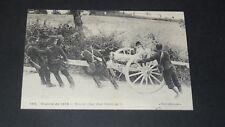 CPA CARTE POSTALE GUERRE 14-18 REEDITION 1914 MISE EN PLACE CANON DE 75