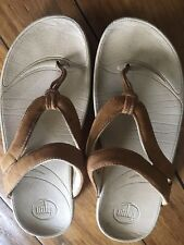 Womens Fitflop Nude Thong Buckle Flip Flop Sandal. (Sz-9)