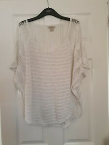 Ladies White Lucky Brand Short Sleeve Lacey Top  Size Medium Batwing Sleeves.