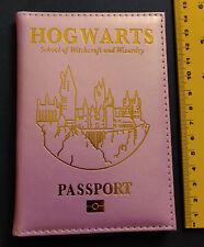 """Harry Potter: Rosa Ausweismäppchen mit """"Hogwarts"""" Aufdruck *neu*"""