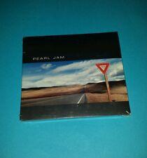 PEARL JAM - YIELD STILL SEALED ORIGINAL 1998 PROMO CD WITH STICKER - ULTRA RARE!