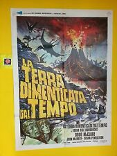M156 LA TERRA DIMENTICATA DAL TEMPO (THE LAND THAT TIME FORGOT),MANIF. ORIG. 2F
