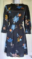 Womens Warehouse Dress size 8 black flower fit&flare smart casual stretch vgc