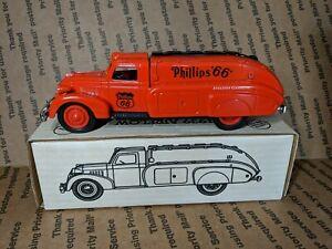 Ertl 1939 Dodge Airflow Tanker Bank Phillips 66 Aviation Gasoline