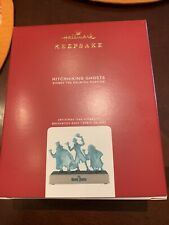 Hallmark 3999QXD6591 Disney The Haunted Mansion Hitchhiking Ghosts Ornament with Light