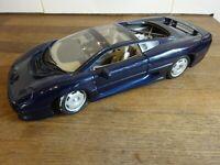 Maisto Jaguar XJ220    Black     Scale 1/18