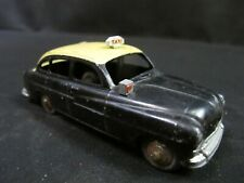 "Dinky Toys Meccano 24X - Ford Vedette ""Taxi"" - France"