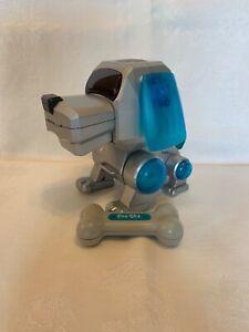 Tiger Electronics  SEGA Electronic Interactive Robot Dog Poo-Chi Robo-Chi Dog