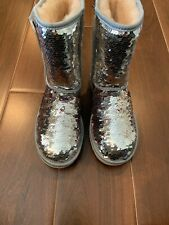 Ugg S/N 1094982 Classic Short Sparkle Sequin Silver & Pink Boots Women Size 6