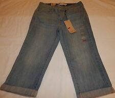 Levi's Women's Red Tab Classic Capri Jeans Size 4 New With Tags!!! NWT!!