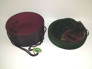 BEARINGTON COLLECTION RED ROSE BURGUNDY FOREST GREEN HAT BOX HANDCRAFTED NWT
