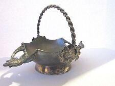 REPOUSSE PAIRPOINT SILVERPLATE OPEN SALT OR CANDY BASKET