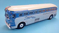 Bus GMC PD 3751 Greyhound - USA (1947) 1:43 New & Box diecast model