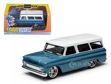 1966 CHEVROLET SUBURBAN BLUE IN PLASTIC CASE 1/43 MODEL CAR GREENLIGHT 86059