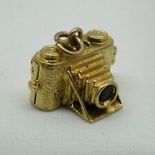 9ct Gold Old Fashioned Opening Camera Charm