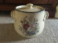 Home And Garden Party Floral Pottery Handled Bean Pot With Lid In EUC