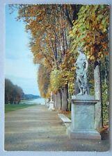 Chateau De Versailles Allee de Tapis vert Postcard (P222)