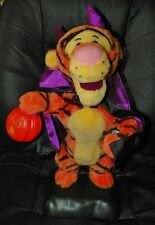 Vintage 1996 Winnie The Pooh Collectible HALLOWEEN Devil TIGGER Light Up Pumpkin