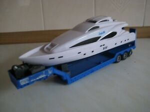 TEAMA 1/48 SCALE LOW LAODER TRAILER WITH YACHT