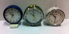 3 orologi sveglia da tavolo funzionanti, vintage anni 50 da collezione