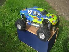 THUNDER TIGER RC NITRO MONSTER TRUCK 4WD