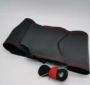 Coprivolante Alfa Romeo GIULIETTA  vera pelle nera traforata da cucire a mano