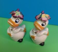 VTG Japan 1950's Bowing Ducks with Flower Hats