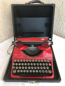 GROMA E typewriter RED