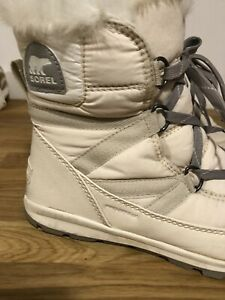 Sorel whitney Lace Boot