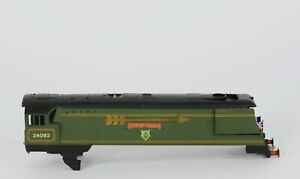 WRENN W2266A CITY OF WELLS GOLDEN ARROW LOCO. BODY WITH CHASSIS FIXING SCREWS