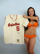 Brooks Robinson signed autographed Baltimore Orioles 1966 Mitchell & Ness jersey