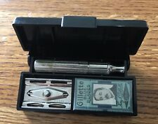 Vintage Gillette 3-Piece Fat Handle 1940s Razor With Blades And Case