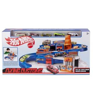 Hot Wheels Flying Customs Sto and Go Trackset Exclusive  Kids Xmas Gift Item F1