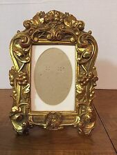 VINTAGE SHABBY CHIC GILDED PICTURE FRAME OPENING 5 X 3-1/2 GRAPES AND LEAVES