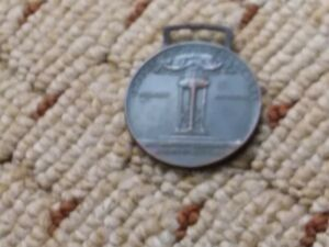 WW1 Italian Victory Medal 1914 To 1918 price drop 5 day auction