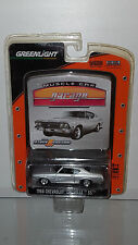 1/64 GREENLIGHT MUSCLE CAR GARAGE 1968 CHEVROLET CHEVELLE SS SILVER B20