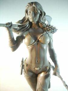 Sofia Full Figure Unpainted Garage Kit