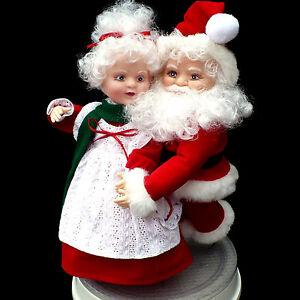 ANIMATED CHRISTMAS FIGURES / SANTA & ICE SKATES / SANTA'S BEST / VINTAGE 1993