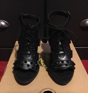 NIB Dr. Martens Zita 'Anastasia' Black Leather Stud Lace-up Sandals UK 6/EU 39