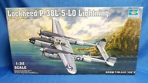 TRUMPETER 1/32 Lockheed P-38L-5-LO *READ*