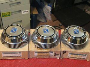 NOS 1973-1976 Buick Regal Wheel Cover ornament set, 3 pcs