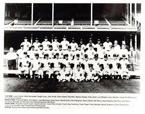 1984 World Champion Detroit Tigers 8x10 Team Photo