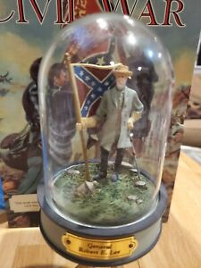 LE Franklin Mint Civil War Figurine in a Glass Dome Hand painted Robert E. LEE