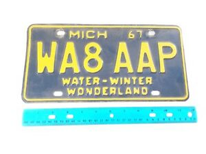 1967 Michigan AMATEUR HAM RADIO License Plate WA8AAP