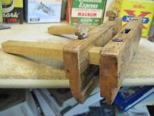 ANTIQUE WOODEN PLOUGH PLANE MOLDING 1800'GROOVE SLIDING FENCE RABBET HAND TOOL