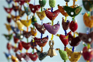 Indian Bird Bell Parrot Traditional WallHanging Wind Chime Mobile 20 Bird String