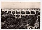 le pont du gard , aqueduc romain